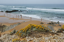 在里斯本附近的Guincho海滩 图库摄影