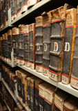 在重点的变老的,非常旧书和迷离 库存图片