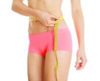在重量白人妇女的美好的腹部概念损失 免版税库存照片
