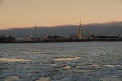 在野兔海岛圣彼德堡上的彼得和保罗堡垒 免版税库存照片