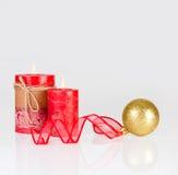 在金子和红色的圣诞节装饰 库存照片