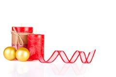 在金子和红色的圣诞节装饰 库存图片