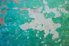 在金属板的剥落的油漆 免版税库存照片