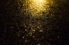 在金属的雨珠 免版税图库摄影