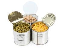 在金属罐子的玉米和豆 库存图片