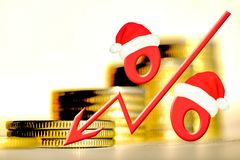 在金钱背景的红色百分号  价格变动的概念在真正的市场上的 免版税库存照片
