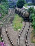 在铁路的石油&气体支架 图库摄影