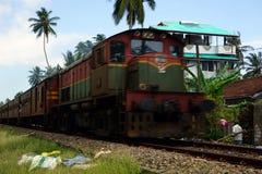 在铁路的移动的火车 库存照片