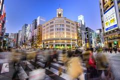 在银座购物区的东京,日本都市风景 免版税图库摄影
