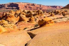 在银朱的峭壁亚利桑那的土狼小山 库存图片