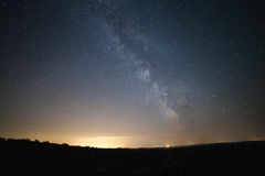 在银河下 图库摄影