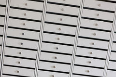 在银行地下室的保管箱 免版税库存图片