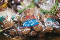 在销售中的装饰的'普拉哈'布拉格'姜饼人在布拉格,捷克 库存图片