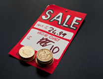 在销售的挽救金钱 库存图片