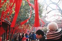 在镇God& x27里参观寺庙市场; s寺庙,郑州 库存照片