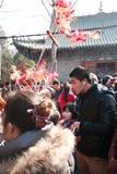 在镇God& x27里参观寺庙市场; s寺庙,郑州 免版税库存照片