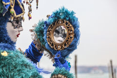 在镜子的面具 免版税图库摄影