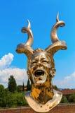 在长处di Belvedere的金黄雕塑在佛罗伦萨,意大利 图库摄影