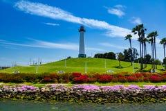 在长滩港口的狮子灯塔 库存照片