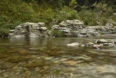 在长的曝光的山洪流 免版税库存图片