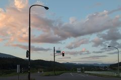 在长野上路在日落期间的日本 免版税库存图片
