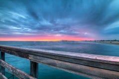 在长滩的充满活力的云彩 库存图片