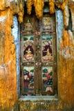在门的壁画 免版税库存图片