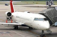 在门的飞机 免版税库存照片
