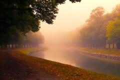 在阴霾的运河 库存照片