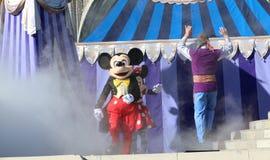 在阶段的米老鼠在迪斯尼世界奥兰多佛罗里达 图库摄影