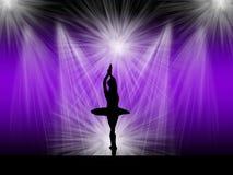 在阶段的跳芭蕾舞者 库存图片