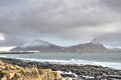 在阿克拉内斯,冰岛的双峰顶 免版税库存照片