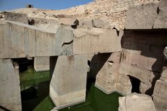 在阿卜耶伊,埃及的Osirion寺庙 免版税库存图片