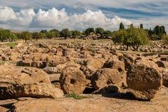 在阿哥里根托寺庙的谷的废墟  库存照片