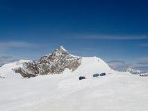 在阿尔卑斯山的雪 免版税库存照片