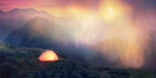 在阿尔卑斯的山麓小丘的月出 图库摄影