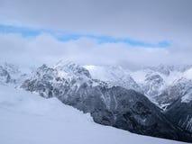 在阿尔卑斯风景奥地利天空的冬天 免版税图库摄影