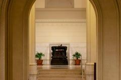 在阿尔塔雷della帕特里亚,罗马,意大利里面的美好的曲拱设计 免版税库存图片