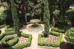 在阿尔罕布拉宫宫殿庭院的喷泉在格拉纳达,安大路西亚,西班牙,欧洲 库存图片