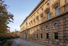 在阿尔罕布拉宫宫殿,格拉纳达,西班牙的历史大厦 库存照片