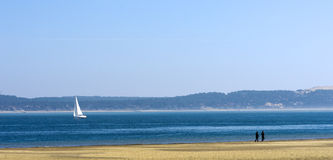 在阿尔雄水池的帆船  免版税库存图片