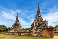在阿尤特拉利夫雷斯历史公园的Stupas在曼谷,泰国 免版税库存图片