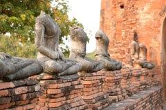 在阿尤特拉利夫雷斯寺庙,泰国的老菩萨雕象 库存图片