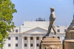 在阿拉巴马状态国会大厦东部视图的同盟者纪念品 库存图片