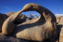 在阿拉巴马小山的自然曲拱 免版税库存照片