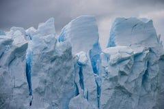 Perito莫尔诺冰川关闭 免版税库存图片