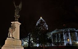 在阿肯色州议会大厦的同盟纪念碑 免版税库存图片