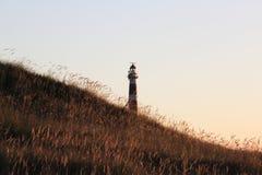 在阿默兰岛沙丘的荷兰灯塔Bornrif在Hollum附近 免版税图库摄影