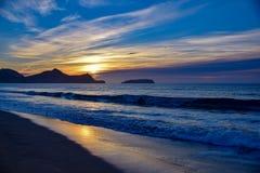 在陆岬的日出在维拉Baleira,圣港伊斯拉东部 库存图片