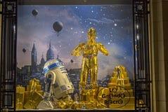 在陈列室的星际大战droids 巴黎 免版税图库摄影